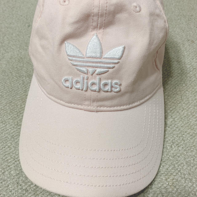 adidas(アディダス)のミナ様 専用 adidas キャップ ピンク レディースの帽子(キャップ)の商品写真