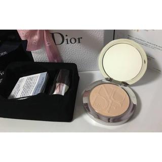 ディオール(Dior)のディオールスキン ヌードエアーパウダーコンパクト(フェイスパウダー)