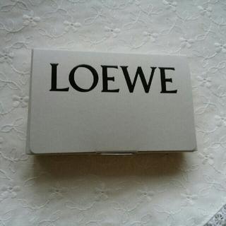 ロエベ(LOEWE)のLOEWEロエベ オードゥパルファン 001Woman/Man(香水(女性用))