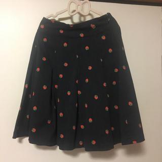 フランシュリッペ(franche lippee)のフランシュリッペ デニムにみえるいちごスカート(ひざ丈スカート)