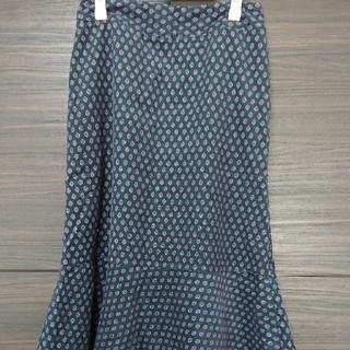 ローラアシュレイ(LAURA ASHLEY)のローラアシュレイ 細コーデュロイロングスカート 中古品Lサイズ(ロングスカート)