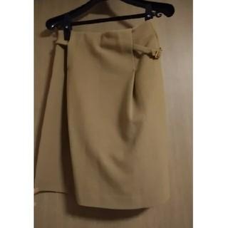 クリアインプレッション(CLEAR IMPRESSION)の美品!フランドル ラメ入り黄土色スカート(ひざ丈スカート)