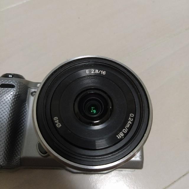 SONY(ソニー)のおしゃれに撮れるレンズセット SONY NEX-5T & SEL16F28 スマホ/家電/カメラのカメラ(ミラーレス一眼)の商品写真