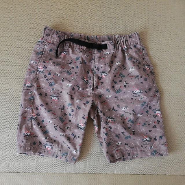 GU(ジーユー)のGU*°ジーユー アロハ柄ベルト付きハーフパンツ メンズのパンツ(ショートパンツ)の商品写真
