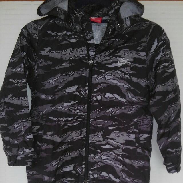 NIKE(ナイキ)のNIKE ナイキウィンドブレーカー 120㎝ キッズ/ベビー/マタニティのキッズ服 男の子用(90cm~)(ジャケット/上着)の商品写真