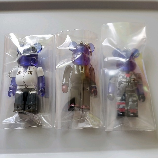 ヒプノシスマイク ベアブリック MTC エンタメ/ホビーのおもちゃ/ぬいぐるみ(キャラクターグッズ)の商品写真