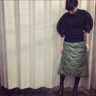 ハイク(HYKE)のHYKE キルティング スカート (ひざ丈スカート)
