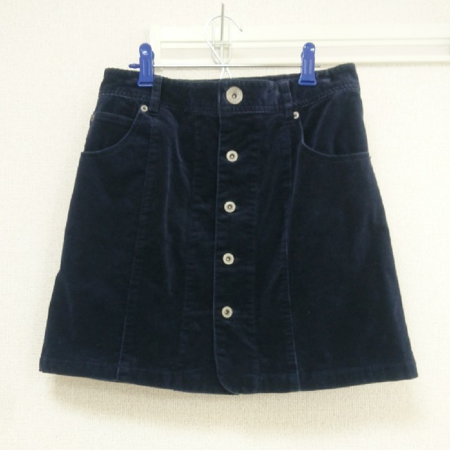 LOWRYS FARM(ローリーズファーム)のコーデュロイ台形スカート (ネイビー) RODEOCROWNS レディースのスカート(ミニスカート)の商品写真