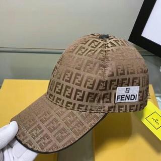 フェンディ(FENDI)のFENDI フェンディ キャップ(キャップ)