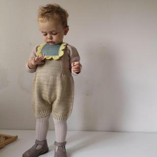 キャラメルベビー&チャイルド(Caramel baby&child )のmisha&puff スカラップニットロンパース 12-18m(ロンパース)