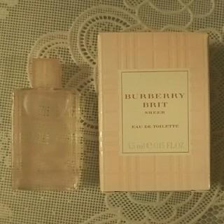 BURBERRY - バーバリー 香水【 新品未使用】ブリット シアー ミニ 4.5ml