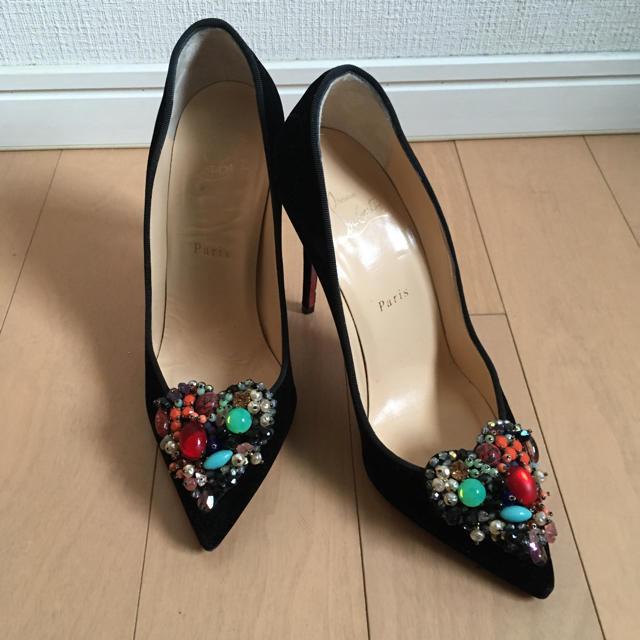 Christian Louboutin(クリスチャンルブタン)のクリスチャンルブタン ベロア ビジュー ヒール レディースの靴/シューズ(ハイヒール/パンプス)の商品写真
