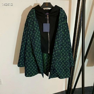 ルイヴィトン(LOUIS VUITTON)のLVジャケット美品大人気(Gジャン/デニムジャケット)