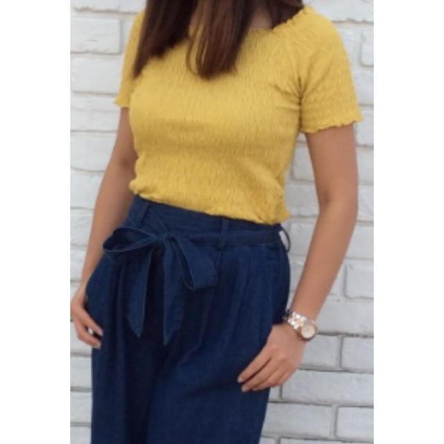 GU(ジーユー)のスモッキング ミニT  Lサイズ レディースのトップス(Tシャツ(半袖/袖なし))の商品写真