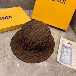 フェンディ(FENDI)のFENDI 帽子(ハット)