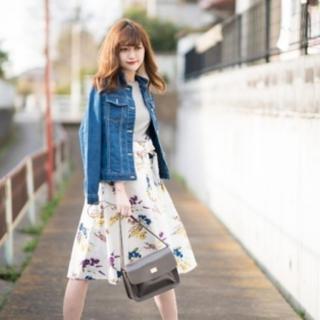 しまむら - しまむら リボン花柄スカート