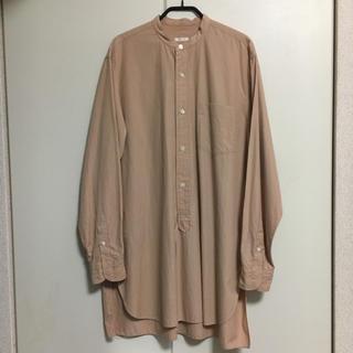 COMOLI - comoli バンドカラーシャツ サンドピンク