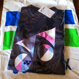 ヨネックス(YONEX)のYONEX  Tシャツ 《新品未使用!》(ウェア)