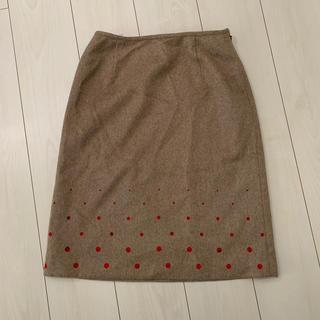 ヨンドシー(4℃)の4℃ ベージュ 膝丈スカート(ひざ丈スカート)