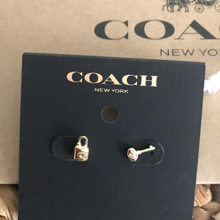 コーチ(COACH)のコーチ ピアス 新品未使用(ピアス)