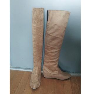 ザラ(ZARA)のスウェード調インヒールロングブーツ新品未使用(ブーツ)