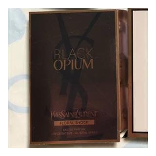 イヴサンローランボーテ(Yves Saint Laurent Beaute)のイブサンローラン BlackOpium (香水(女性用))