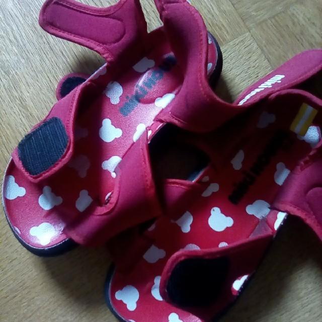 mikihouse(ミキハウス)の専用ですのでお取り引き不可です。 キッズ/ベビー/マタニティのキッズ靴/シューズ (15cm~)(サンダル)の商品写真
