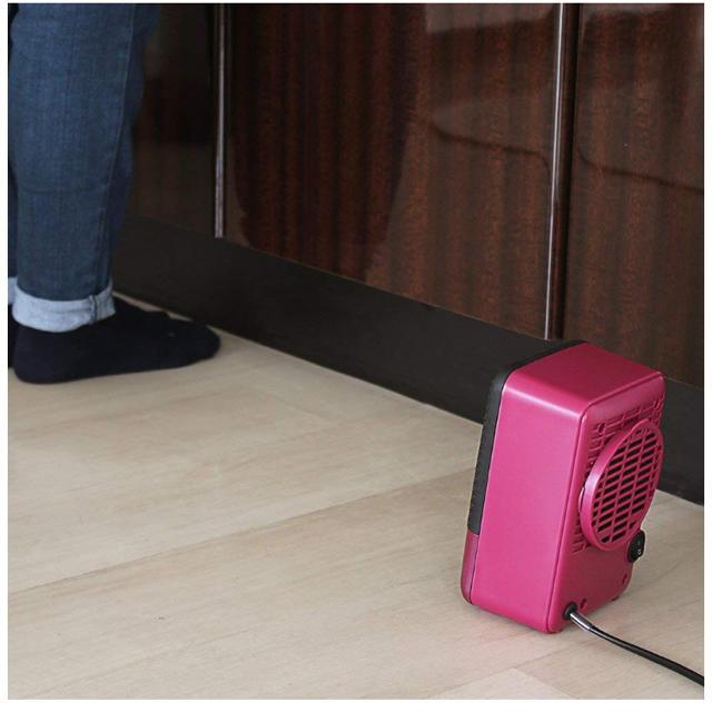 電気ヒーター  小型ヒーター スマホ/家電/カメラの冷暖房/空調(電気ヒーター)の商品写真