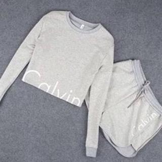 カルバンクライン(Calvin Klein)の人気カルバンクラインショット丈上下セット(ルームウェア)