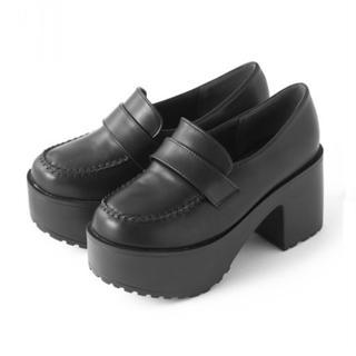 グレイル(GRL)の【新品】GRL 厚底ボリュームローファー 24.5cm 黒(ローファー/革靴)