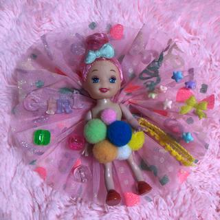 バービー(Barbie)のレア!!バービー ケリー ブローチ ピン(ブローチ/コサージュ)