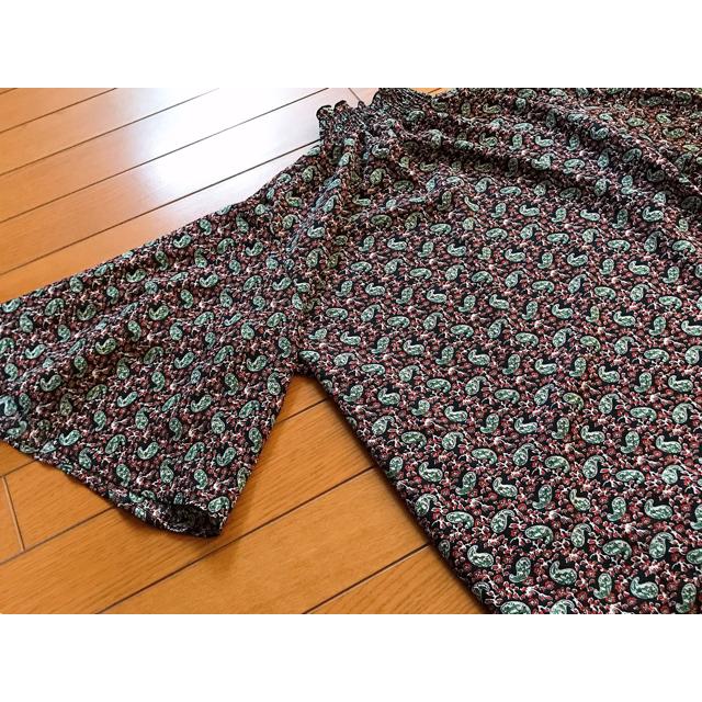 merlot(メルロー)のmerlot 柄 シフォン  ブラウス レディースのトップス(シャツ/ブラウス(半袖/袖なし))の商品写真