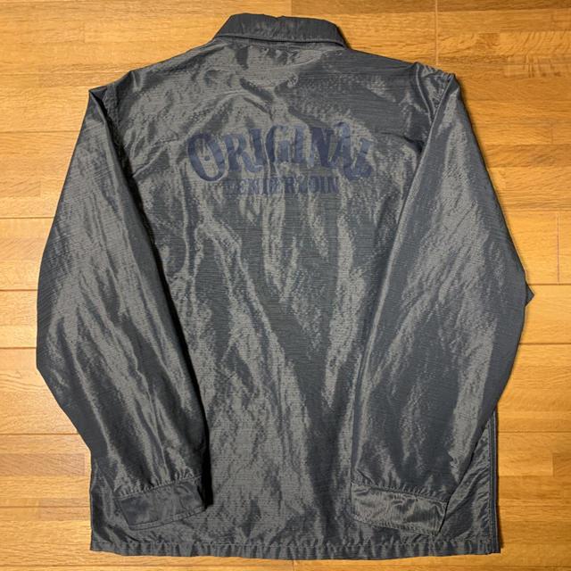 TENDERLOIN(テンダーロイン)の人気品! TENDERLOIN ナイロン コーチ ジャケット チャコール S メンズのジャケット/アウター(ナイロンジャケット)の商品写真