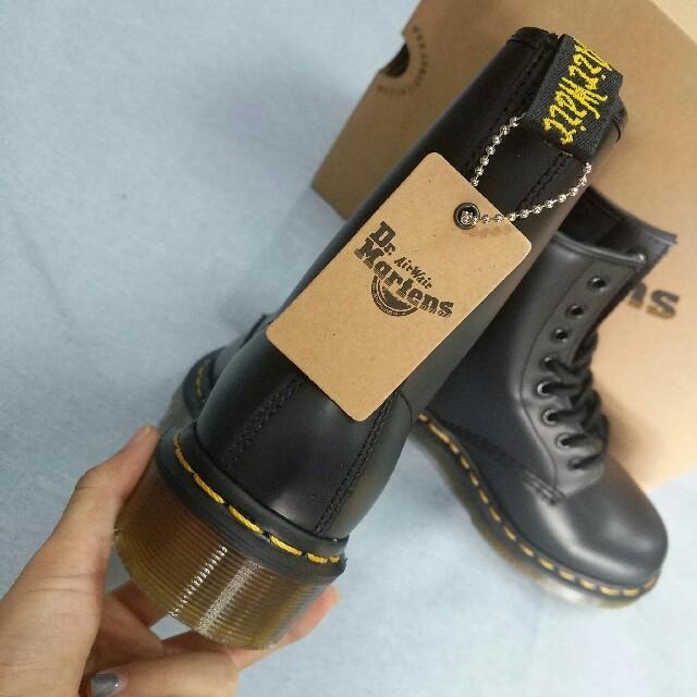 Dr.Martens(ドクターマーチン)のドクターマーチンDr.Martens レディース シューズ ブーツ 薄底 レディースの靴/シューズ(ブーツ)の商品写真