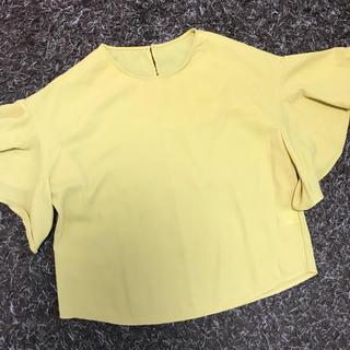 ジーユー(GU)のフレアスリープトップス ♡ ブラウス ♡ GU(シャツ/ブラウス(半袖/袖なし))