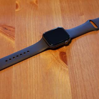 アップルウォッチ(Apple Watch)のApple Watch series 4 44mm スペースグレー(腕時計(デジタル))