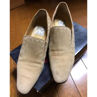 ジュンコシマダ(JUNKO SHIMADA)のスェードローファーSHIMADA JUNKO24cm(ローファー/革靴)