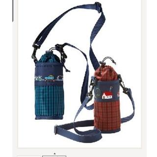 ファミリア(familiar)のファミリア ペットボトルホルダー赤青2つセット 新品(水筒)