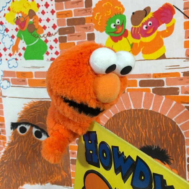 SESAME STREET(セサミストリート)のクリップエルモ☆ぬいぐるみ(オレンジ) エンタメ/ホビーのおもちゃ/ぬいぐるみ(ぬいぐるみ)の商品写真