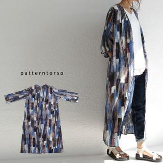 アンティカ(antiqua)の新品タグ無し☆【antiqua】アート レトロ 柄 ロング 羽織り カーディガン(カーディガン)