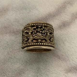 【古玩古銀双竜開運紋様指輪】銀製 指輪 アンティークリング 古い指輪(リング(指輪))
