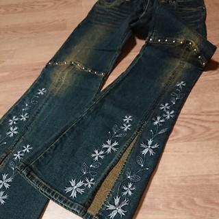 デニム 刺繍 バギーパンツ スタッズ付 ウエスト64~70 ジーパン ズボン(デニム/ジーンズ)