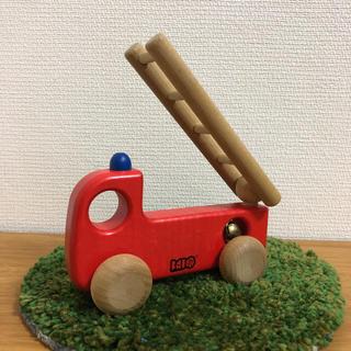 ボーネルンド(BorneLund)のボーネルンド バヨ 木の消防車(電車のおもちゃ/車)