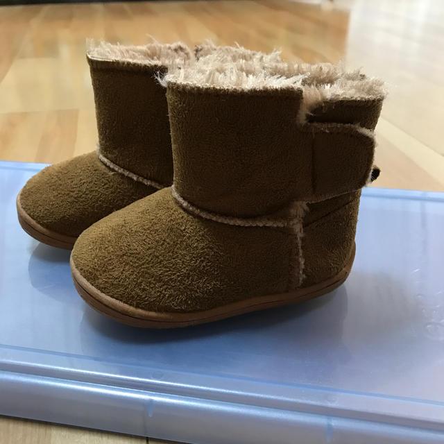 しまむら(シマムラ)のムートンブーツ 13cm キッズ ベビー キッズ/ベビー/マタニティのベビー靴/シューズ(~14cm)(ブーツ)の商品写真