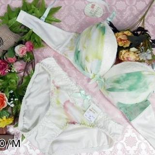032★C70 M★美胸ブラ ショーツ 谷間メイク グラデーション 緑系(ブラ&ショーツセット)