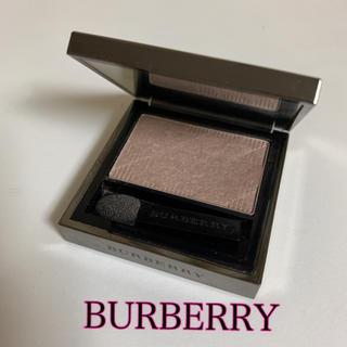 BURBERRY - レア‼️日本未発売 バーバリー アイシャドウ ベージュ