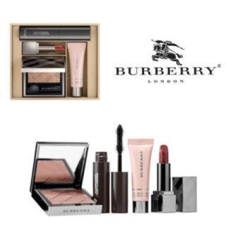 バーバリー(BURBERRY)のBurberry バーバリー フェスティブ ビューティ ボックス(コフレ/メイクアップセット)