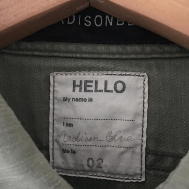 MADISONBLUE(マディソンブルー)のマディソンブルー  ハンプトン シャツ カーキ ワークシャツ 02 美品 レディースのトップス(シャツ/ブラウス(長袖/七分))の商品写真