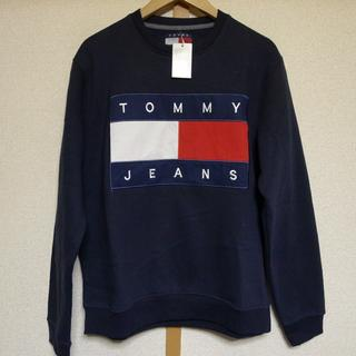TOMMY HILFIGER - TOMMY JEANS ロゴ刺繍トレーナー