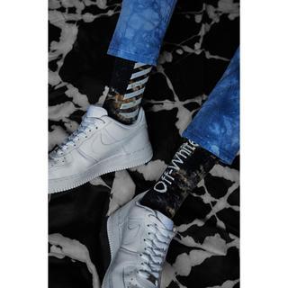 オフホワイト(OFF-WHITE)のEND.×Off-White ''CHEMICAL WASH'' Socks(ソックス)